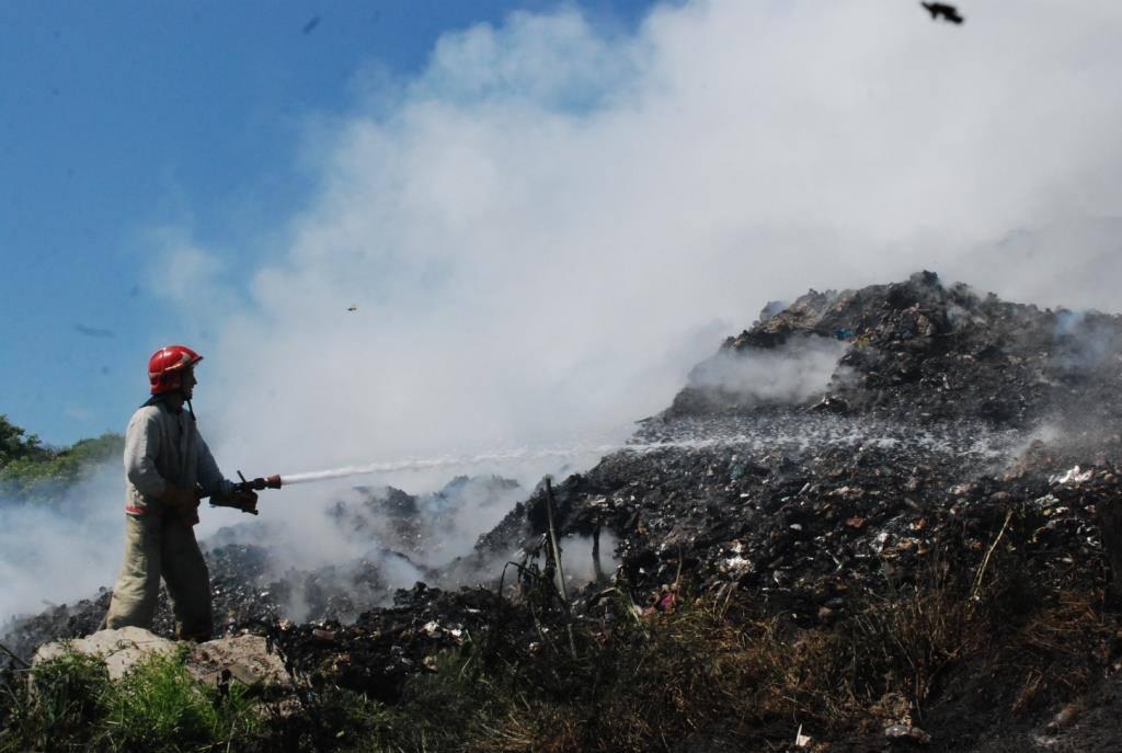 "Результат пошуку зображень за запитом ""пожежа на сміттєзвалищі"""