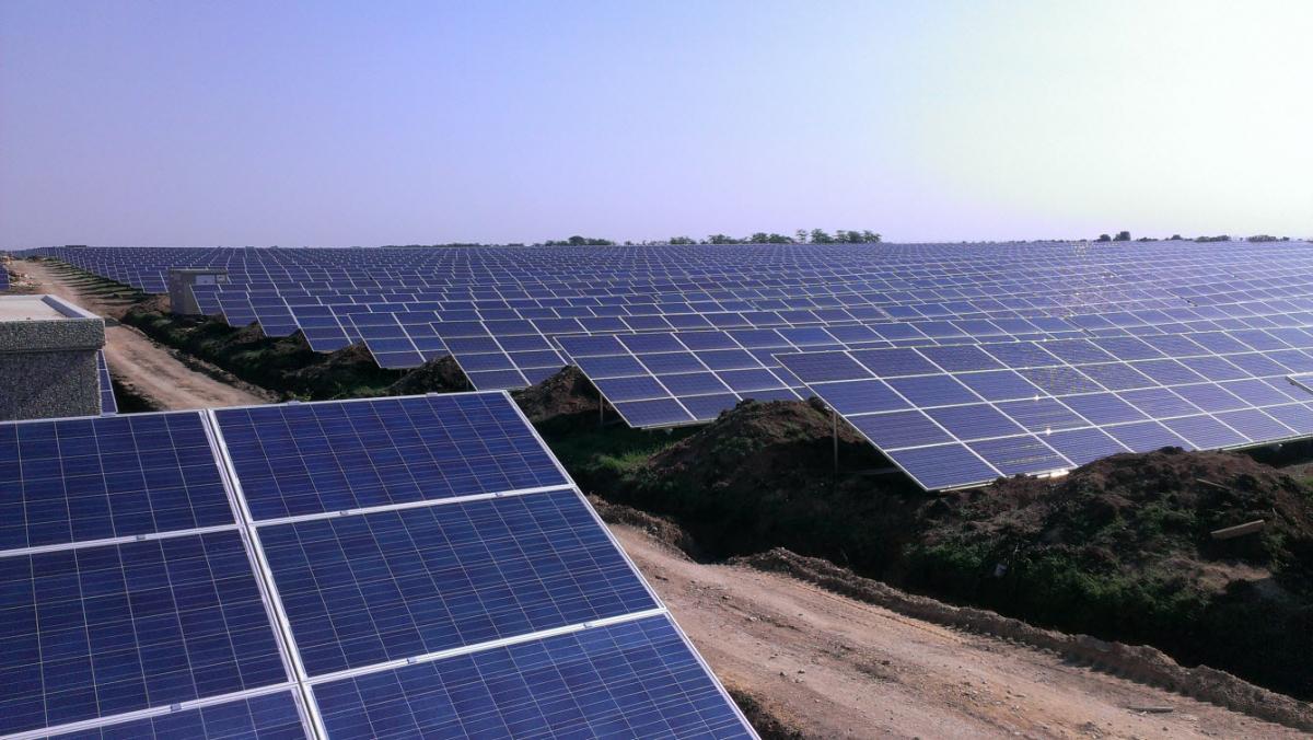 Франція допоможе Україні вбудівництві сонячних електростанцій уЧорнобильській зоні