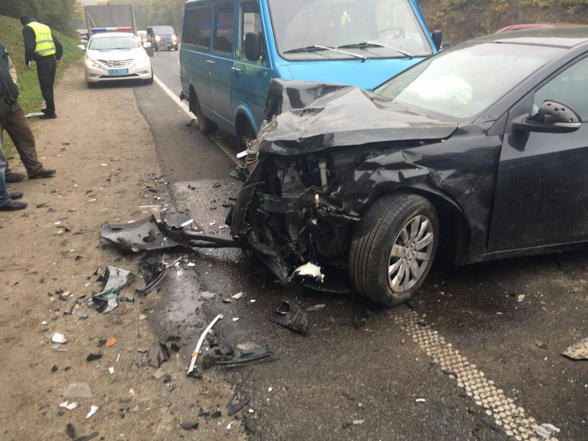 Наоб'їзній дорозі Львова загинула вагітна жінка