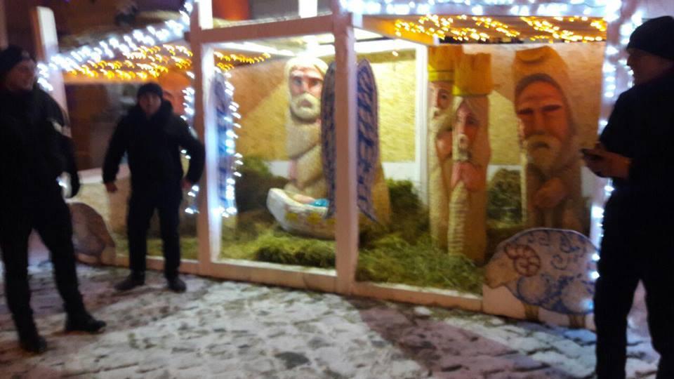 З різдвяної шопки уцентрі Львова вкрали фігурку Ісуса
