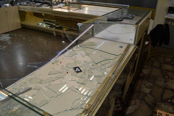 УМиколаєві зювелірного магазину вкрали п'ять кілограмів золотих виробів