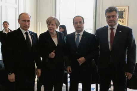 Меркель, Олланд і Путін обговорили проведення саміту поУкраїні