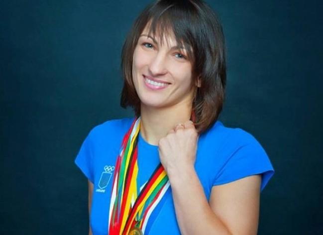 Українка Ткач-Остапчук здобула срібло чемпіонату світу зборотьби