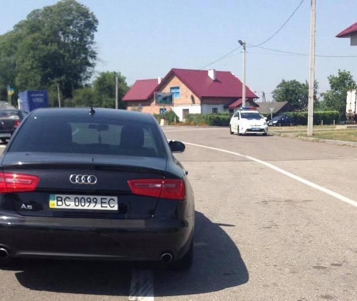 НаЛьвівщині затримали депутата Верховної Ради, який керував транспортним засобом напідпитку