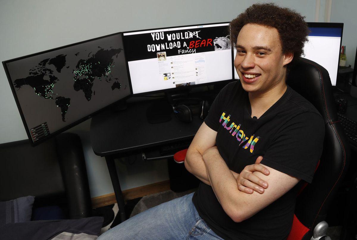 Програміста, який зупинив небезпечний вірус, затримали спецслужби