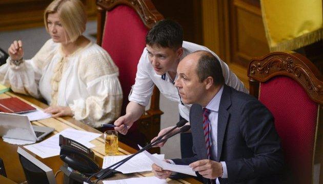Савченко уточнила заяву: Снайперів наМайдан заводив Пашинський