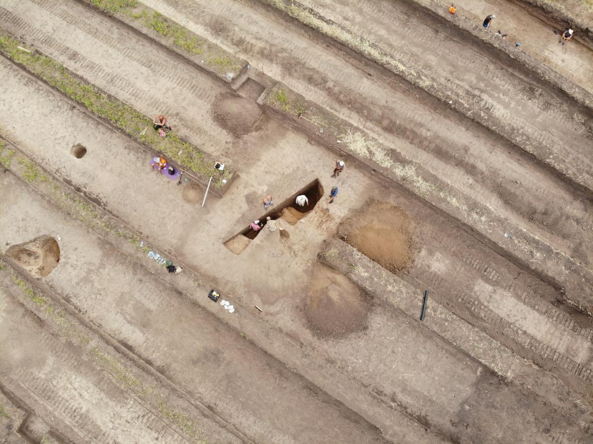 Дослідження поховальної споруди скіфського часу (VI-III ст. до н.е.). Фото - РАС.