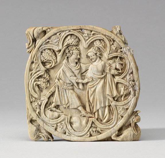 Корпус люстерка зі слонової кістки. Сцена з коханцями, Париж, бл. 1350, Художній музей Уолтерса, США. Фото - Symbolon.