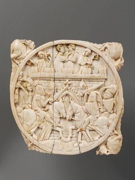 Корпус люстерка зі слонової кістки. Облога замку Кохання, Париж, 1330-1350, Музей Вікторії та Альберта, Лондон. Фото - Symbolon.
