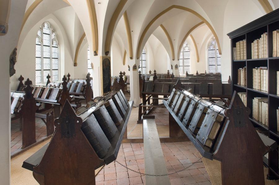 Бібліотека Зютфена. Нідерланди. Фото - Symbolon.