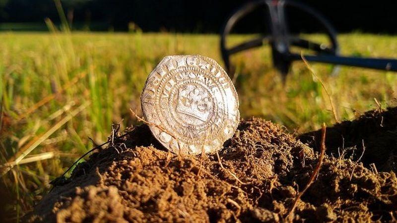 Празький грош і археологія: скарби з цих монет не так вже й рідко можна знайти на теренах Центрально-Східної Європи, де вони були поширені у ХIV – XVI ст. Фото - Symbolon.